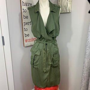 Zara soft cargo vest army green chic